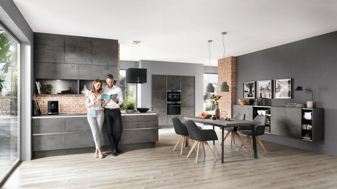 Otwarta kuchnia na wymiar z wyspą kuchenną oraz bezuchwytowym systemem otwierania LINE N NOBILIA RIVA 889 szary łupkowy beton, imitacja, melamina - Meble kuchenne -1- FM KUCHNIE Kraków