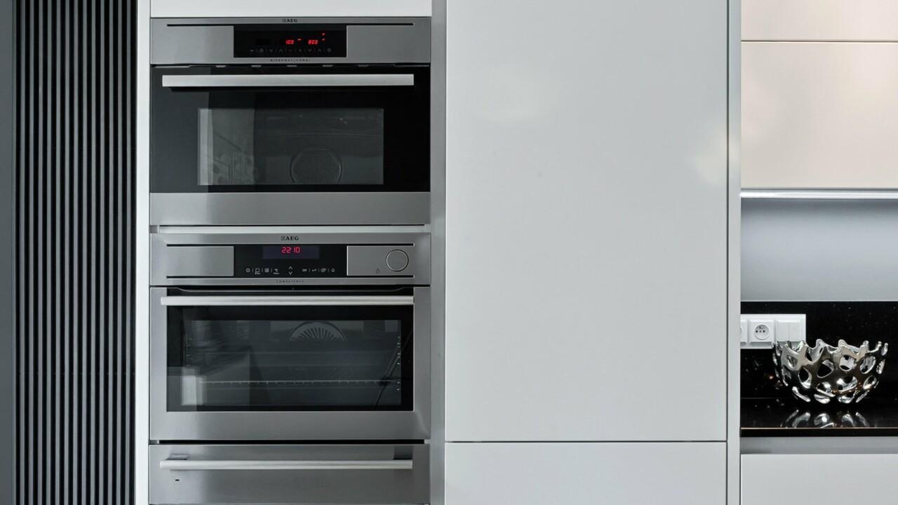 Nowoczesne meble kuchenne ATLAS OKTAWIA biały mat lakier - Zabudowa kuchenna na planie litery U - FM KUCHNIE Kraków