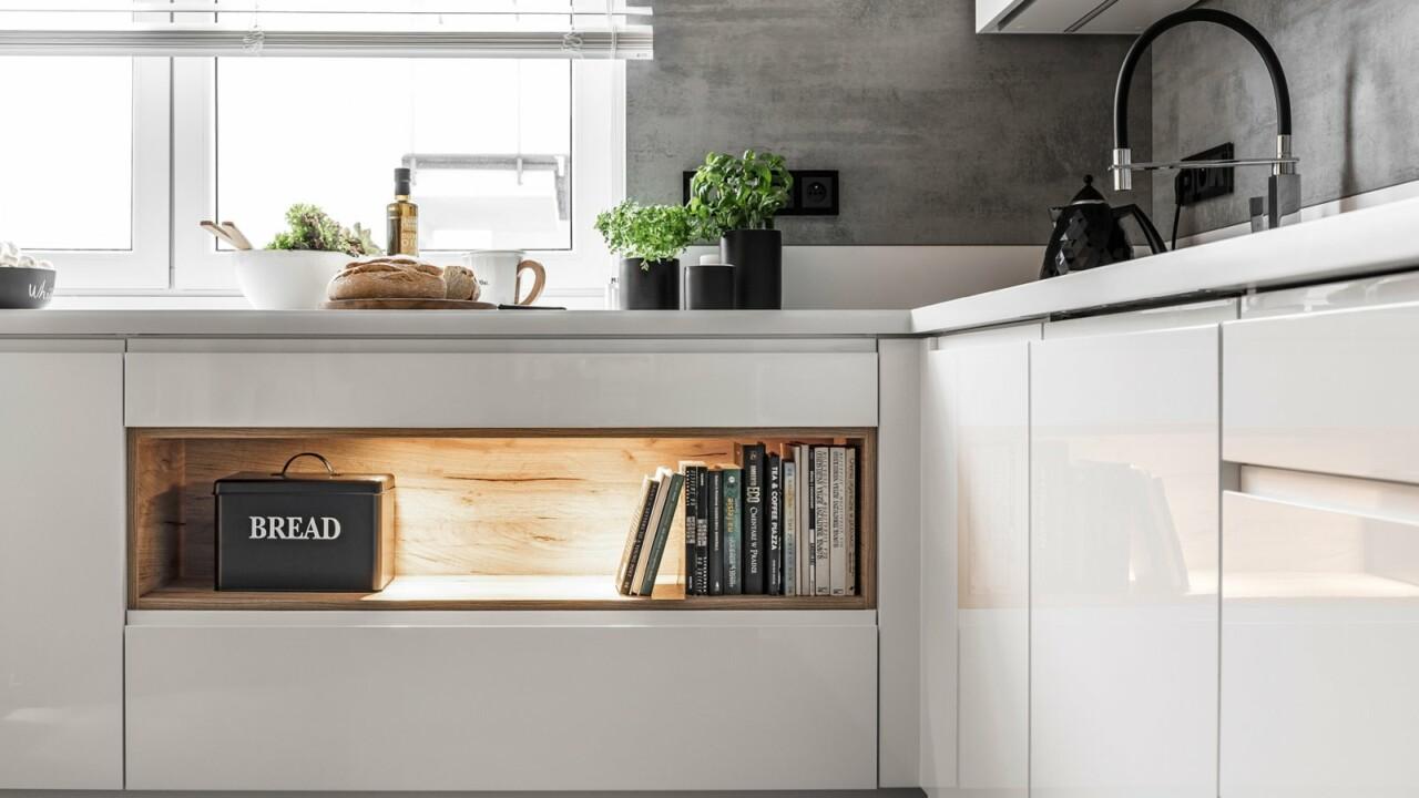 Nowoczesne kuchnie na wymiar ATLAS PATRYCJA biały połysk, lakier - Zabudowa kuchenna na planie litery U - FM KUCHNIE Kraków