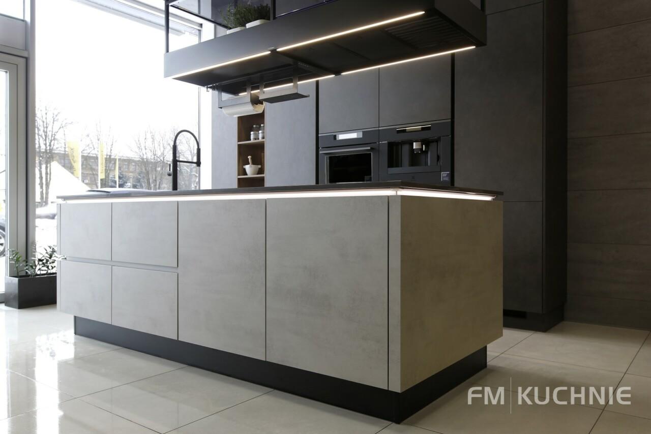 Kuchnie na wymiar Nobilia Riva 892 szary beton - Riva 839 szary terra beton - System bezuchwytowy - Meble kuchenne Kraków -04- FM KUCHNIE Kraków