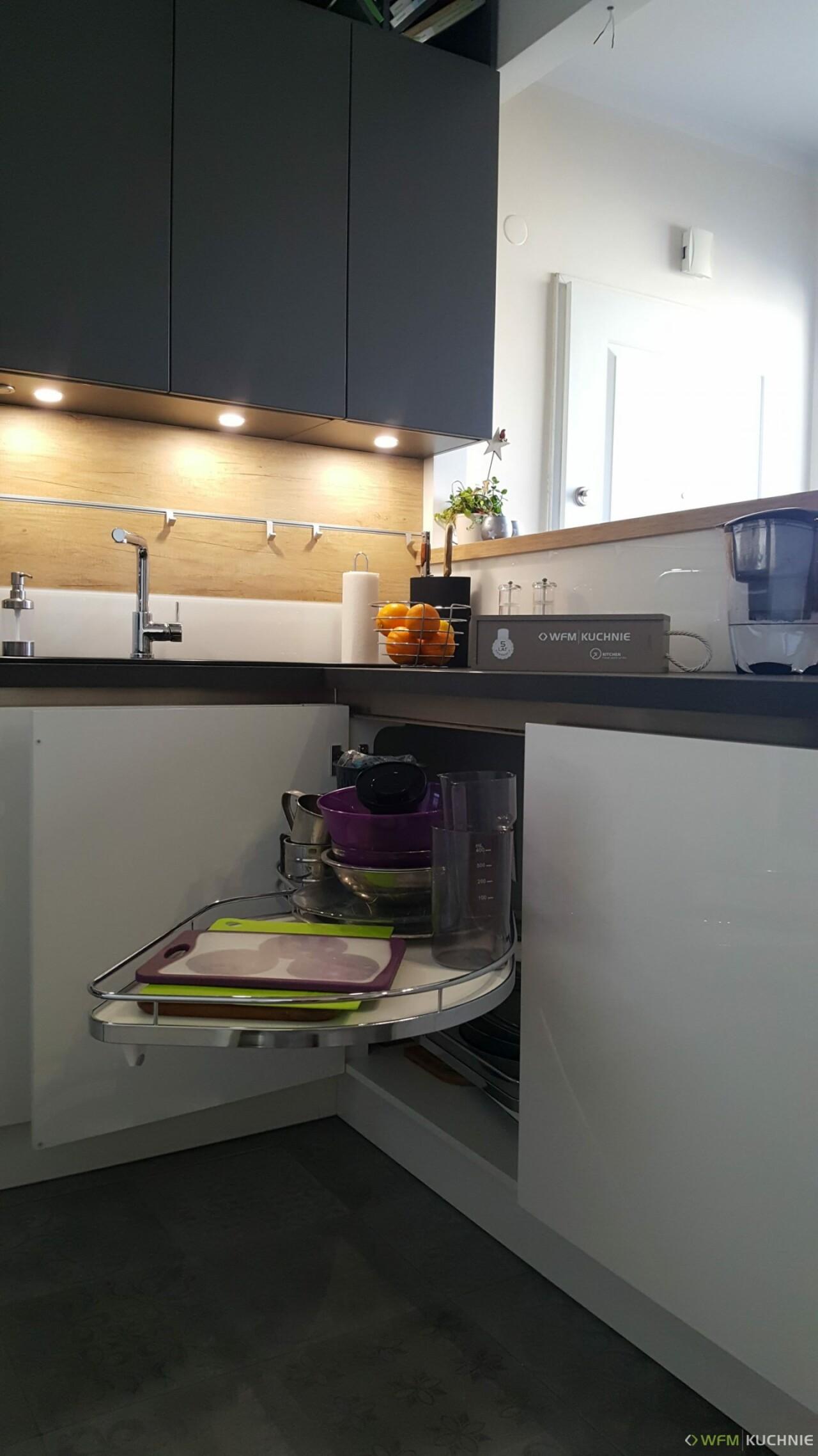 Kuchnia WFM CALMA biały połysk P101 - Kuchnie na wymiar, meble kuchenne Kraków - WFM KUCHNIE Kraków