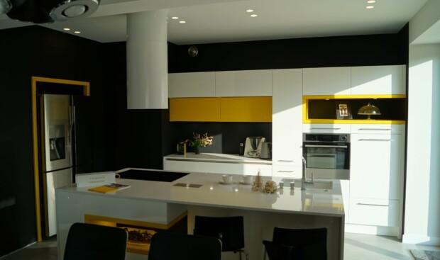 Kuchnia WFM Calma biały połysk i żółty - Meble kuchenne na wymiar Kraków, Kuchnie na zamówienie Kraków | WFM Kuchnie Kraków
