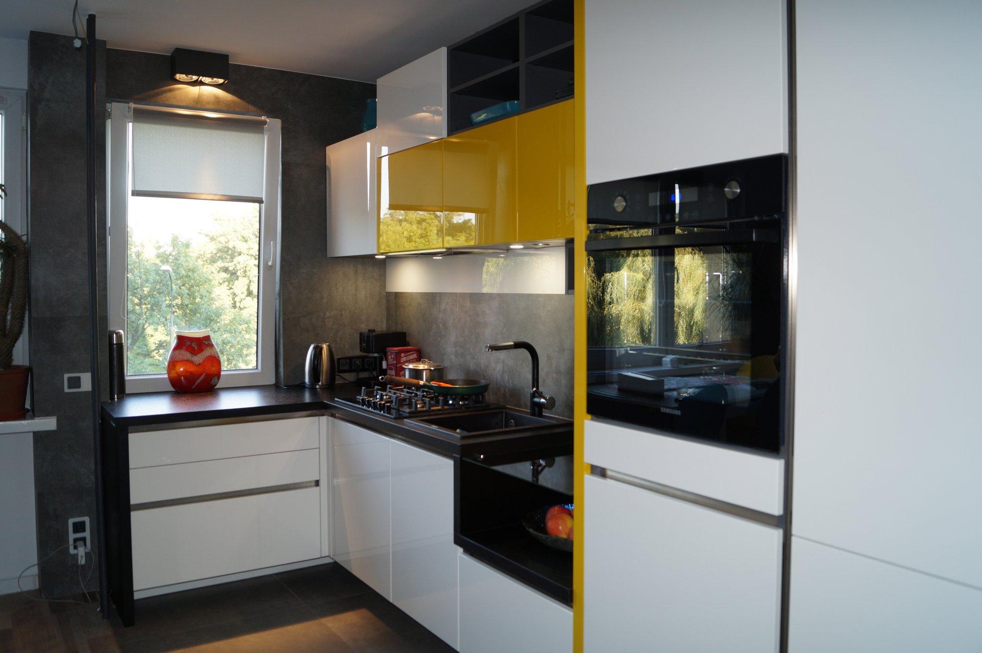 Kuchnia WFM Calma biały i żółty połysk - Kuchnie na wymiar Kraków, meble kuchenne Kraków | WFM Kuchnie Kraków