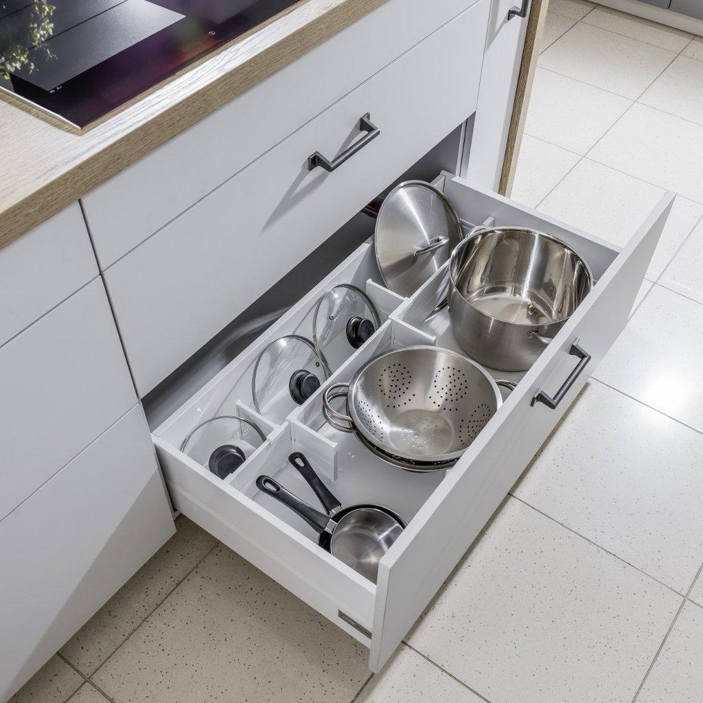 Kuchnia nowoczesna Raso szary-szary przykurzony | Punto ceramika antracyt - Nowoczesne kuchnie na wymiar Kraków, meble kuchenne Kraków - WFM Kuchnie Kraków